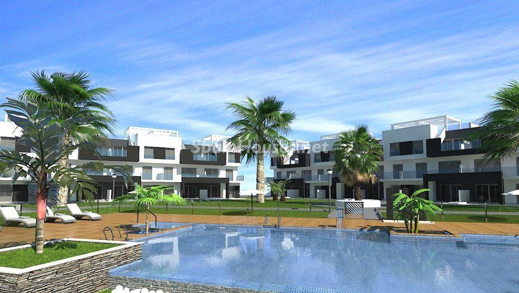 guardamardelsegura alicante1 1 1024x579 - El stock de vivienda nueva baja, tras nueve años de crisis, de 500.000 pisos y casas