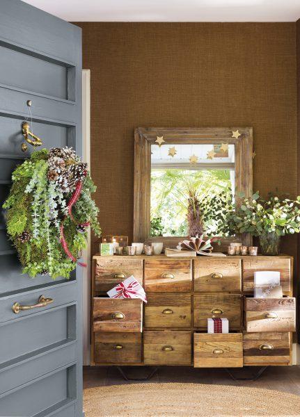 h8b6914a 74ff1c1e 431x600 - Ideas para decorar recibidores en Navidad