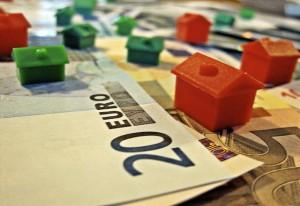 hipoteca vivienda3 300x206 - Hipotecas en oferta: los bancos buscan captar al cliente más solvente