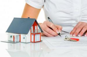 hipoteca16 300x199 - La oferta hipotecaria se reactiva al calor de la lenta recuperación del sector inmobiliario