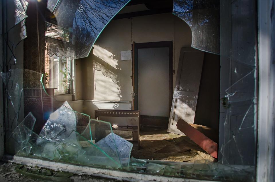 house 1423862 960 720 - Recomendaciones para evitar la ocupación de tu casa en verano