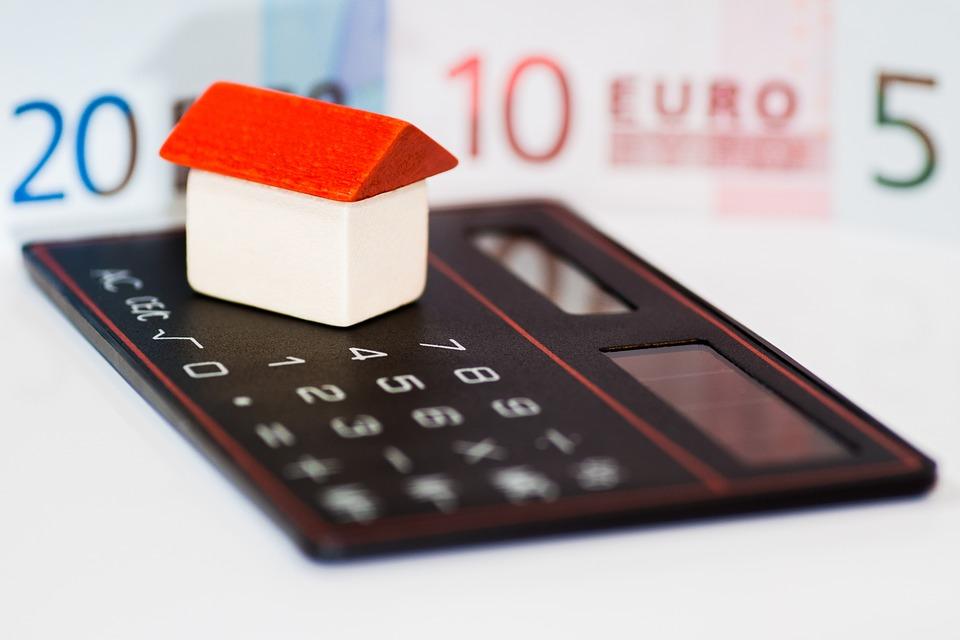 house 366927 960 720 1 - La inversión en vivienda crecerá un 5,5% este año y un 5,6% en 2020