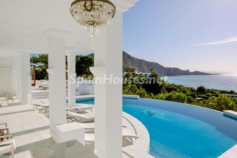 ibiza 2 - 15 preciosas y modernas casas con espectaculares piscinas que miran al mar