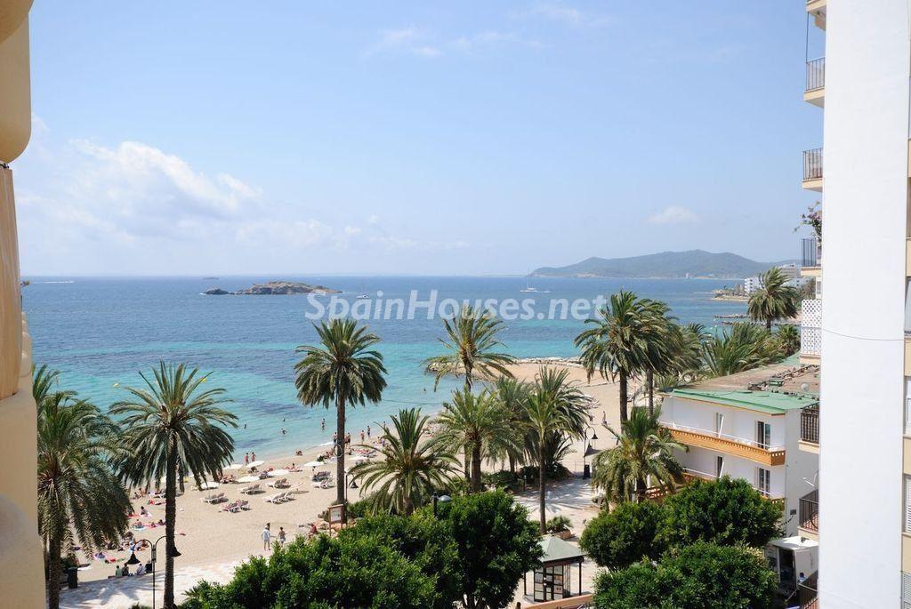 Apartamentos en la playa en Ibiza, Islas Baleares