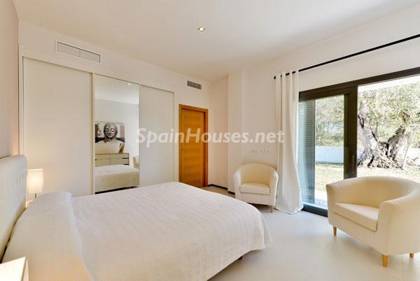 ibiza baleares 6 - 11 casas de diseño minimalista con un sofisticado y espectacular toque de blanco, luz y mar