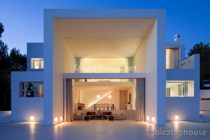 ibiza baleares2 1 - Noches de verano en 18 casas de ensueño: diseño bajo las estrellas para relajarse y disfrutar