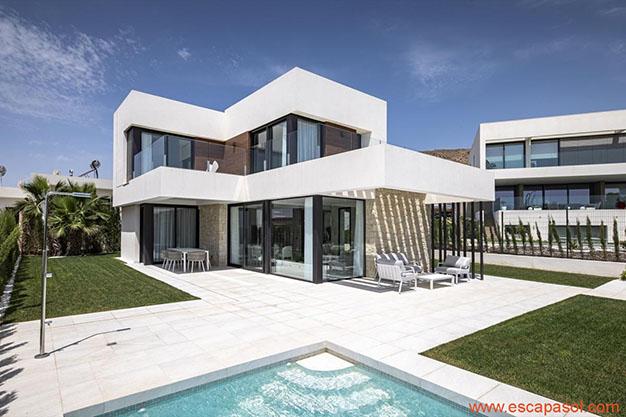 imagen principal casa con piscina Alicante - Descubre esta espectacular casa con piscina en Alicante