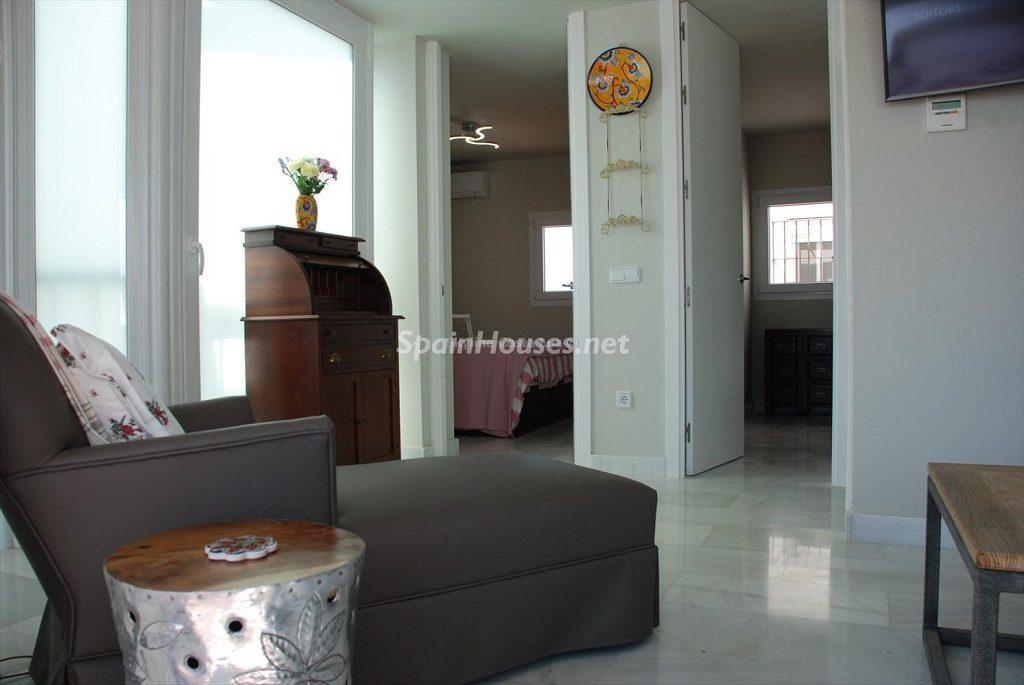 interior 3 1024x685 - Ático en alquiler de vacaciones en Cádiz, ideal para el puente o el carnaval