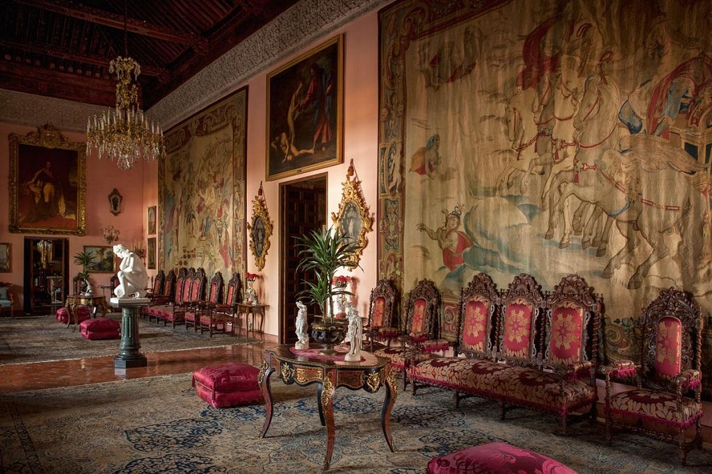 interior10 - El Palacio de las Dueñas en Sevilla, la propiedad más querida de la Duquesa de Alba