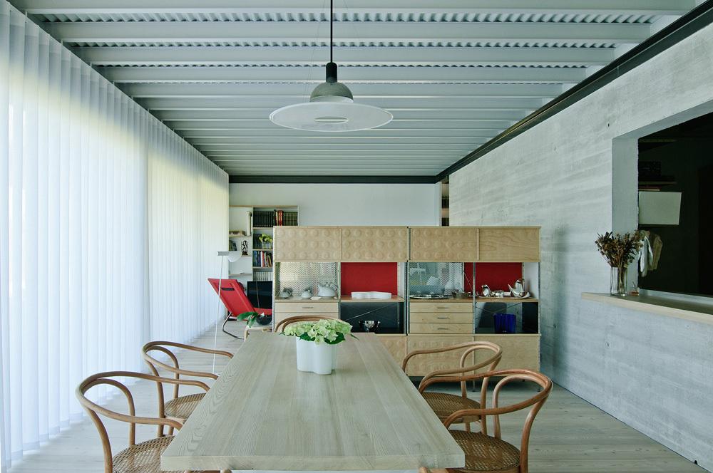 interior17 - Interesante casa de estilo industrial entre los verdes campos de Cantabria