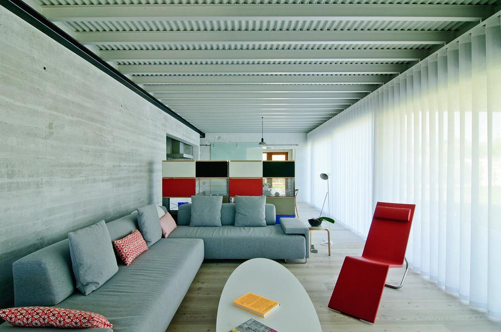 interior18 - Interesante casa de estilo industrial entre los verdes campos de Cantabria