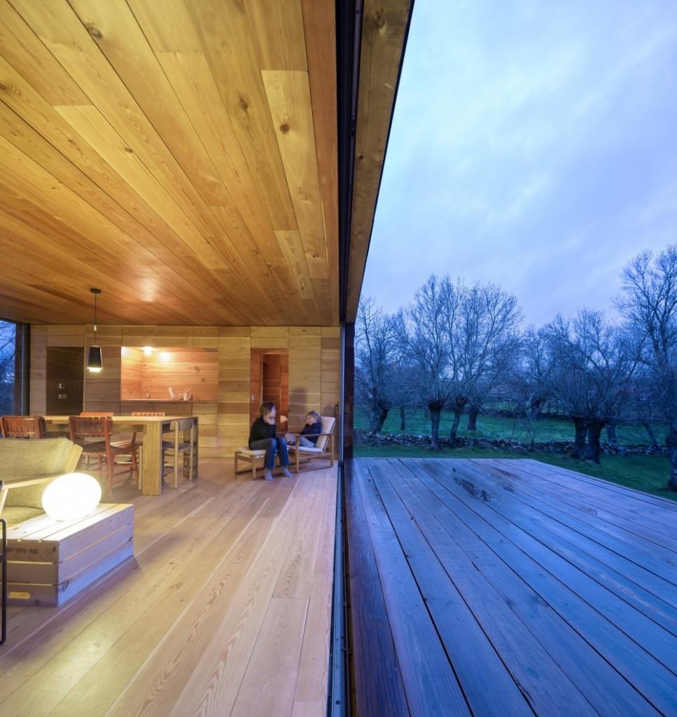 interior21 - Genial casa de diseño moderno y minimalista en los campos de Castilla