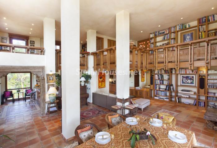 interior6 - Genial villa de vacaciones en El Rosario, Marbella, con una preciosa decoración oriental