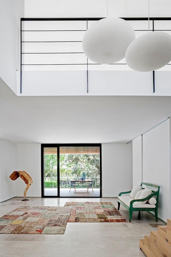 interiorluz - Genial toque otoñal y minimalista en una fantástica casa en La Moraleja (Alcobendas, Madrid)