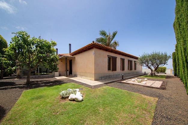jardín 1 3 - Villa con vistas al mar en Tenerife: una casa de ensueño