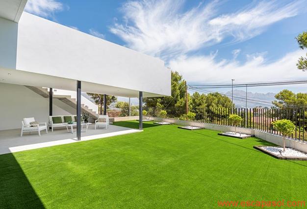 jardín 2 1 - Villa de lujo en Alicante: luminosa y muy espaciosa