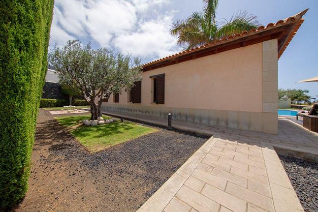 jardín 2 3 - Villa con vistas al mar en Tenerife: una casa de ensueño