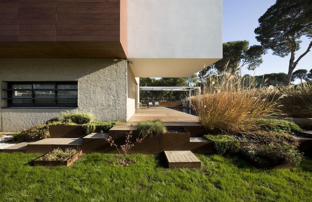 jardin exterior - Luz, volumen y espacio en una fantástica casa en el Pinar del Grao, Castellón de la Plana