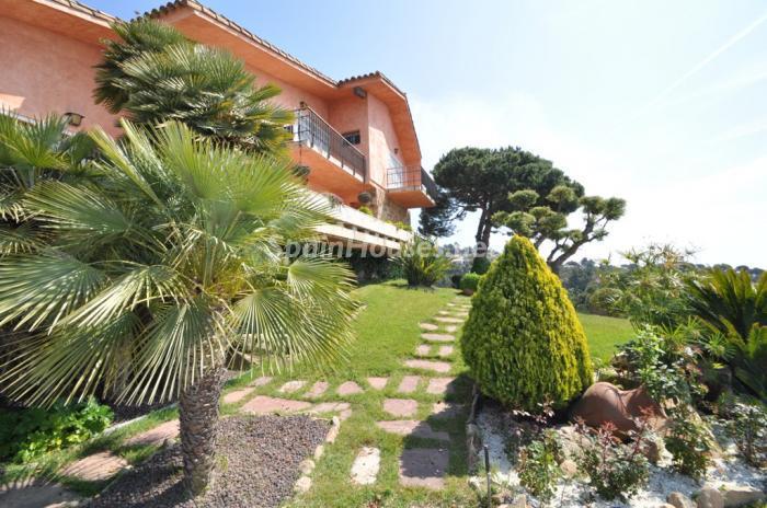 jardin - Casa de la Semana: Preciosa Villa en Lloret de Mar, Costa Brava