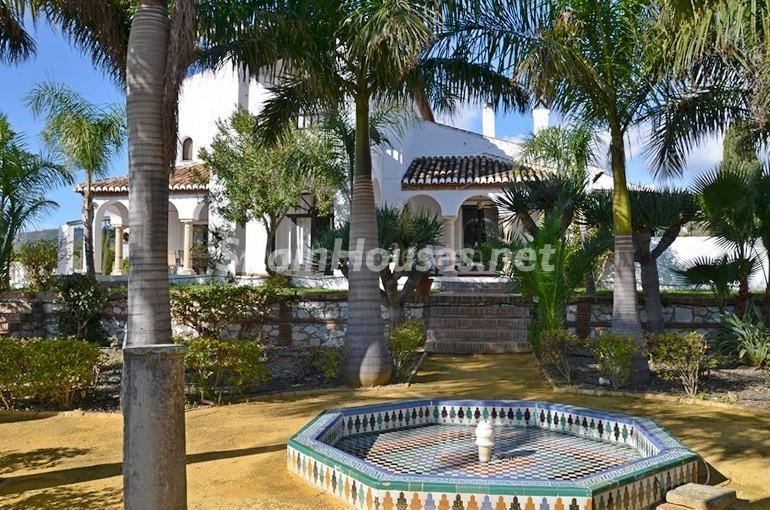 jardinandaluz - Vacaciones llenas de encanto en un cortijo andaluz en Frigiliana (Costa del Sol, Málaga)