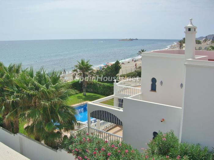 Casa junto a la playa