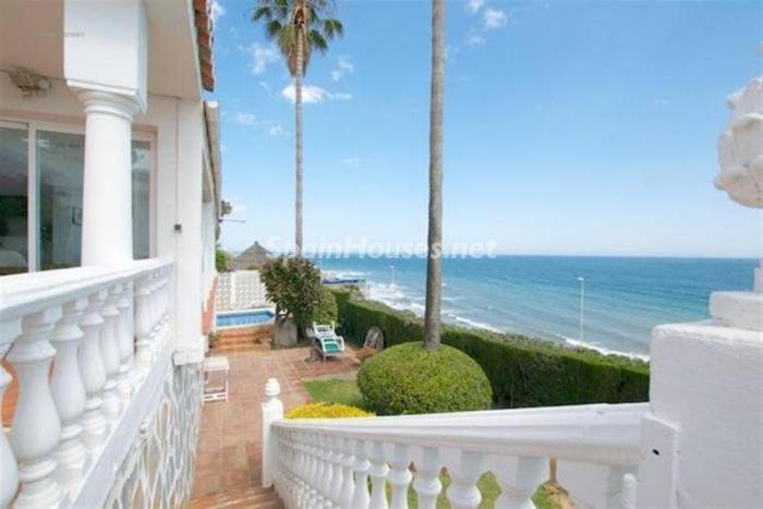 juntoalmar - Preciosa casa llena de luz junto al mar en Mijas Costa (Costa del Sol, Málaga)