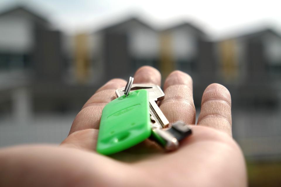 key 2323278 960 720 - Pistas para detectar a un propietario que tiene prisa por vender