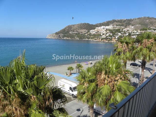 laherradura - A la caza de gangas: 14 apartamentos baratos en la playa con espectaculares vistas al mar