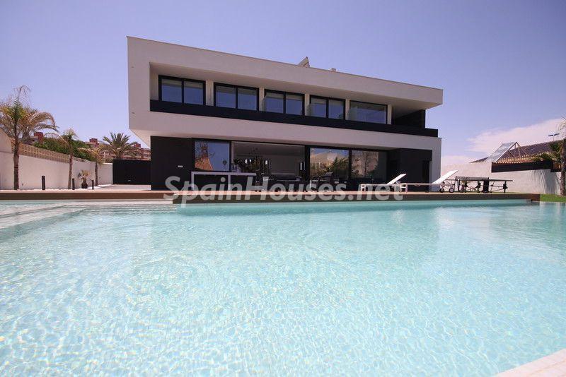 lamangadelmarmenor murcia 2 - 11 casas de diseño minimalista con un sofisticado y espectacular toque de blanco, luz y mar