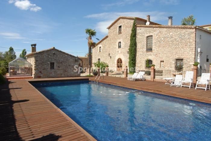 llicadamunt barcelona - 22 fantásticas casas de piedra, masías catalanas y villas mallorquinas para enamorar
