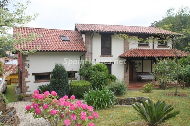 lloredo cantabria - 20 preciosas casas para disfrutar de la primavera con bonitos rincones en el jardín