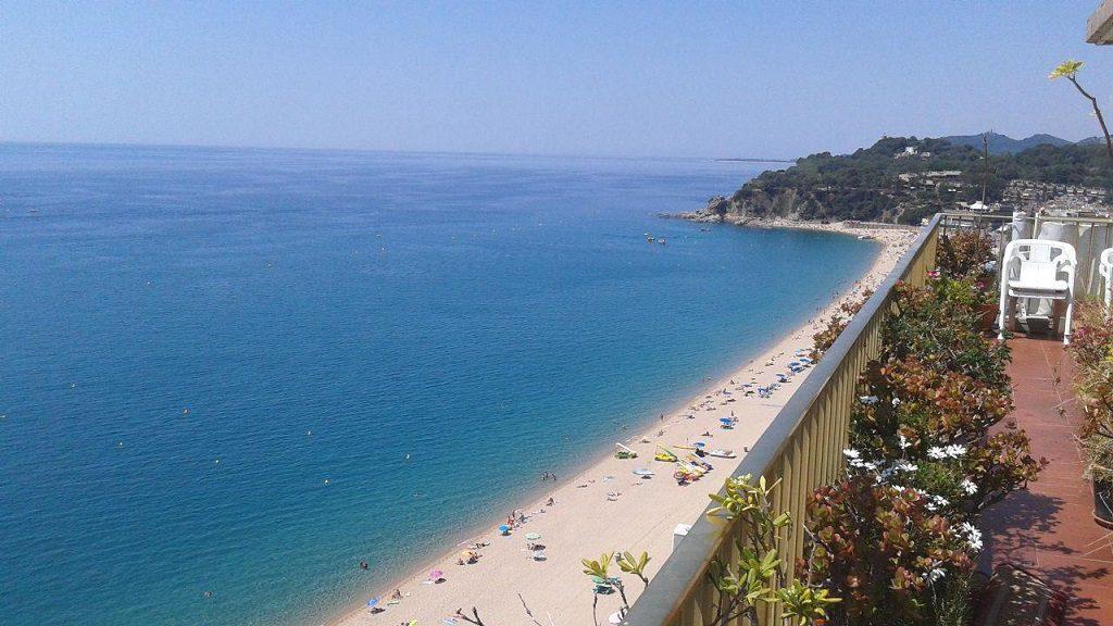 lloretdemar girona 7 1024x576 - Veranos de lujo en 19 espectaculares terrazas junto al mar