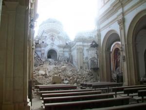 lorca terremoto21 300x225 - Las oficinas de ayuda de Lorca reciben 3.200 peticiones de rehabilitación