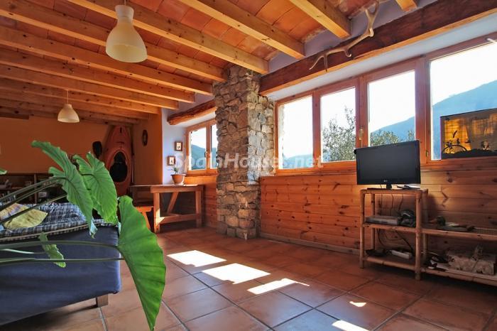 luzsalon - El encanto rural de una casa de piedra entre las montañas de Baix Pallars, Lleida
