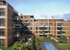 madrid piso 300x213 - El precio de la vivienda modera su caída en abril al 1,7% y acumula un ajuste del 41,2%