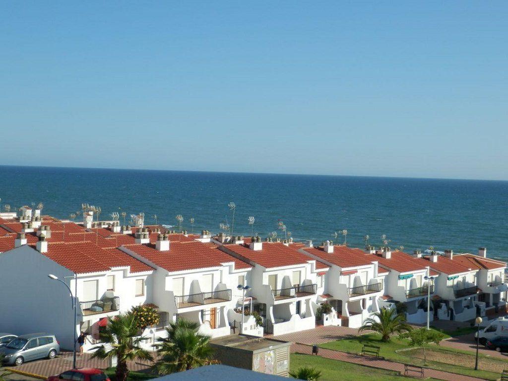 matalascañas huelva 3 1024x768 - 20 pisos en la costa con vistas al mar por menos de 200.000 euros