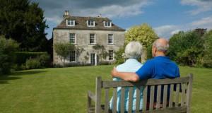 mayoresvivienda 300x160 - Los mayores de 65 años que vendan su vivienda o sus bienes no pagarán plusvalías