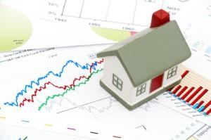 mercadoinmobiliario 300x199 - ¿Recuperación inmobiliaria o falsas ilusiones en el mercado de la vivienda?