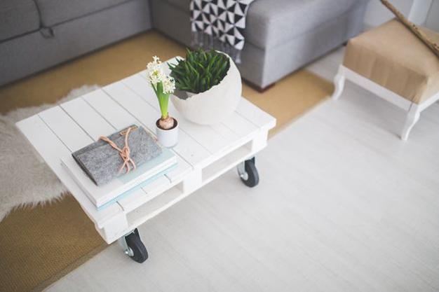 mesa palet - Ideas para decorar con materiales reciclados tu casa