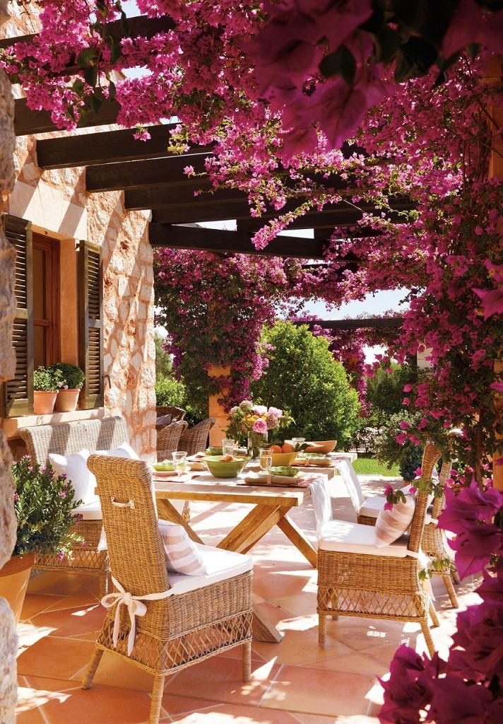 mesaexterior - Paraíso de luz y buganvillas en una preciosa casa en Santanyí (Mallorca, Baleares)