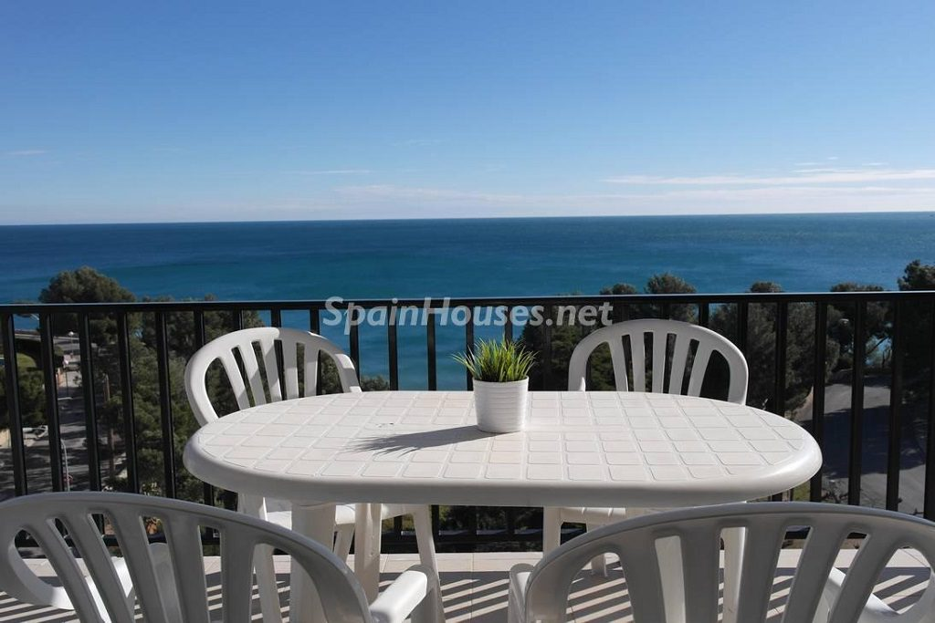 miamiplaya tarragona 4 1024x683 - 20 pisos en la costa con vistas al mar por menos de 200.000 euros
