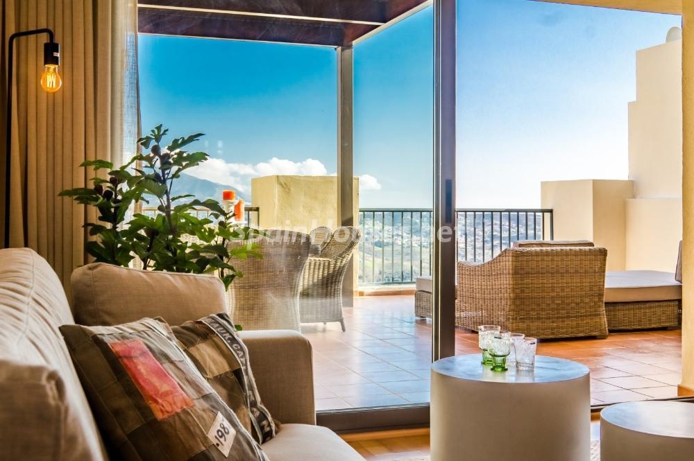 mijascosta malaga 3 - 10 fantásticos salones modernos que se abren a la terraza, a la piscina o al mar