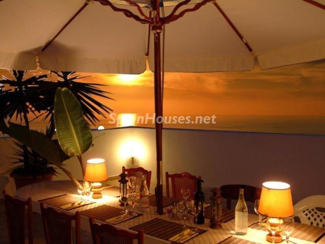 mogan laspalmas 3 - Noches de verano en 18 casas de ensueño: diseño bajo las estrellas para relajarse y disfrutar