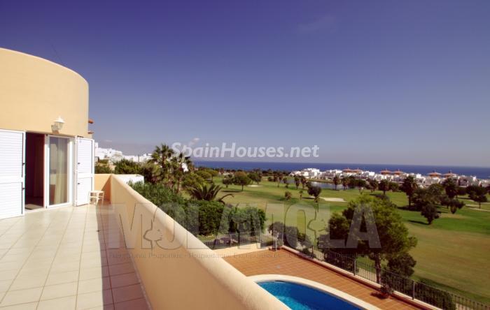 mojacar almeria - Verde, sol y mar: 19 fantásticas viviendas a buen precio en campos de golf en España