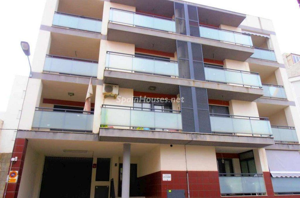 moncofa castellon 1024x676 - ¡A la caza de gangas! 16 pisos de 1 dormitorio (y 1 casa) por menos de 50.000 euros