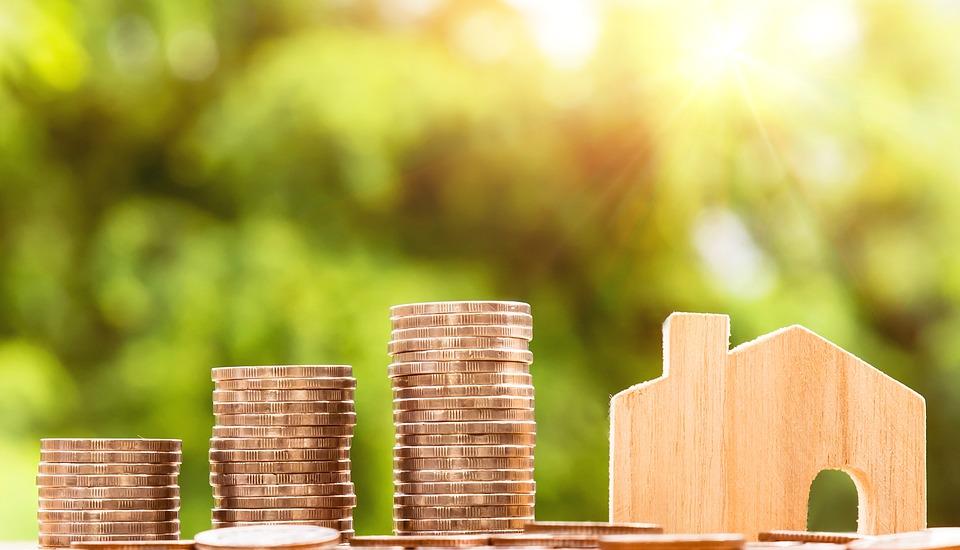 money 2724245 960 720 3 - El precio de la vivienda desacelera y crece al menor ritmo en once meses: en marzo sube un 3,9% interanual