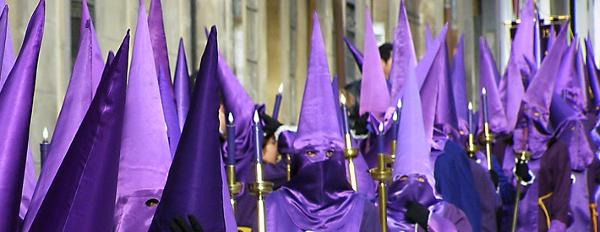 Nazarenos en Semana Santa