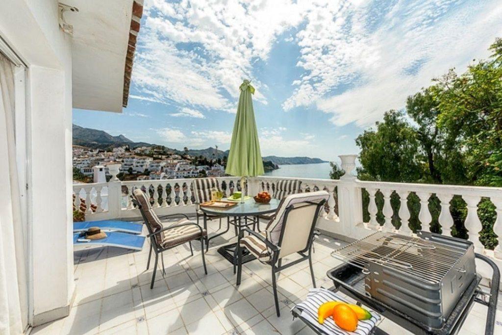 Villa en alquiler de vacaciones en Nerja (Costa del Sol, Málaga)
