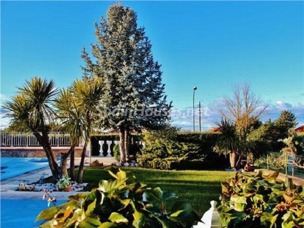 nuevobaztan madrid - 20 preciosas casas para disfrutar de la primavera con bonitos rincones en el jardín
