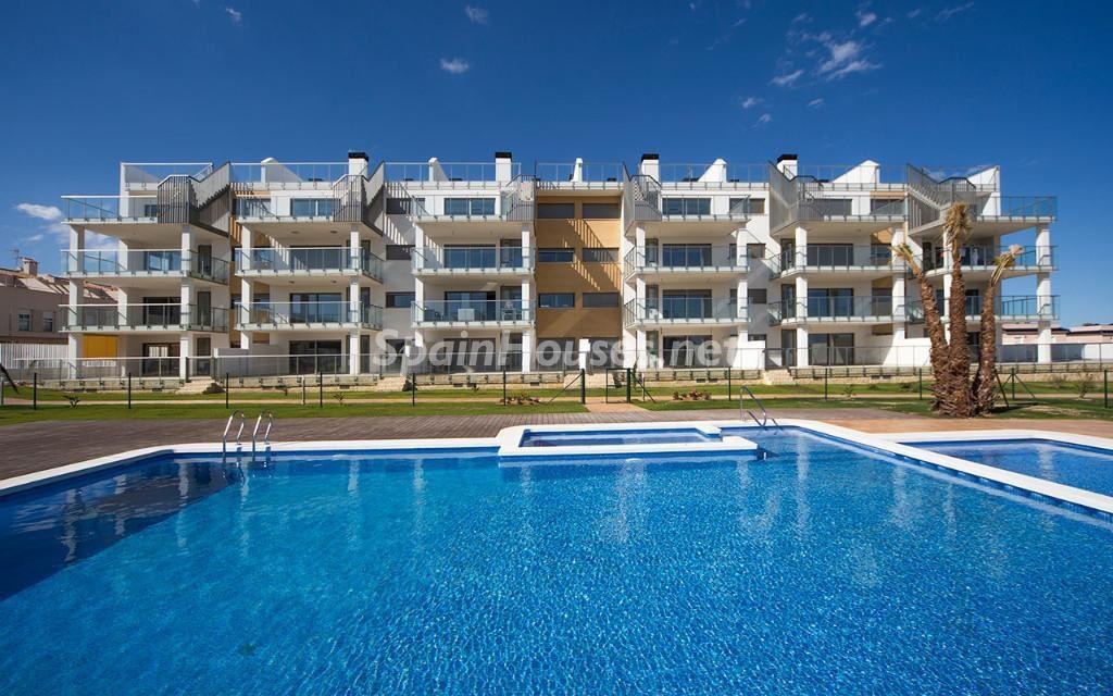 obranueva orihuelacosta villamartin 1024x640 - Baja la venta de viviendas en octubre y el precio de los pisos nuevos, sube un 26%